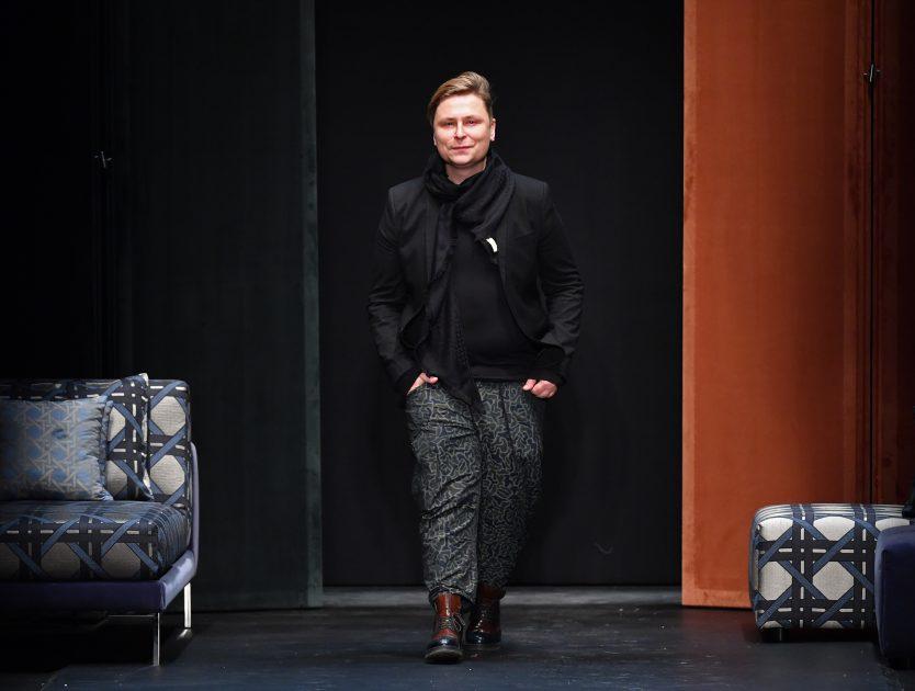 Print-Artikel: Das große Interview mit Designer Dawid Tomaszewski über die neuesten Fashion-Trends