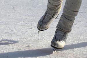 Winterausflüge auf gefrorene Seen.