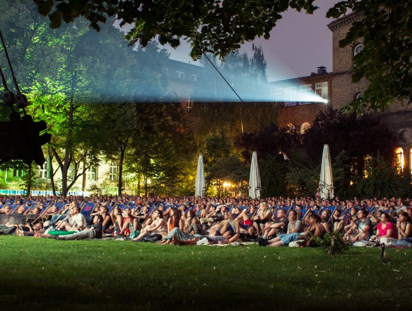 Sommerkino: Filmhighlights unter freiem Himmel genießen