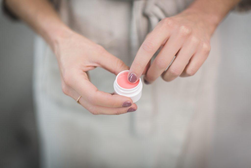 So pflegen Sie Ihre Nägel gesund